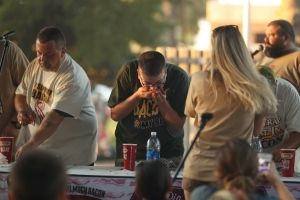 09092016_SoybeanBaconEatingContest23