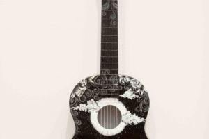 09032017_GuitarAsArt12