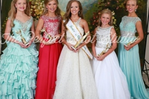 Pageant Junior Division 2016